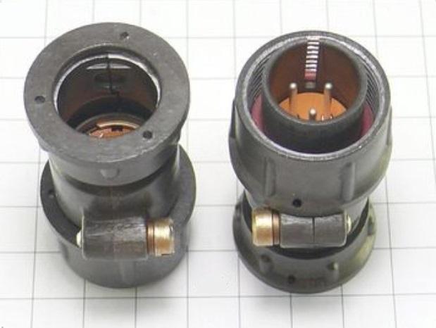 SHR20P3EG6 CABLE PLUG