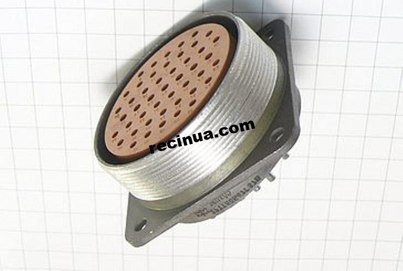 2РТТ60Б47Г37В розетка кабельная